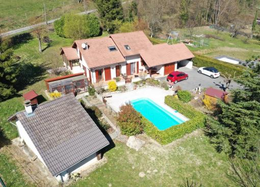 MAISON D'ARCHITECTE AVEC PISCINE ET POOL – HOUSE